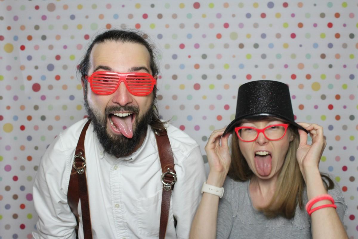zdjęcie pary z fotobudki na wesele