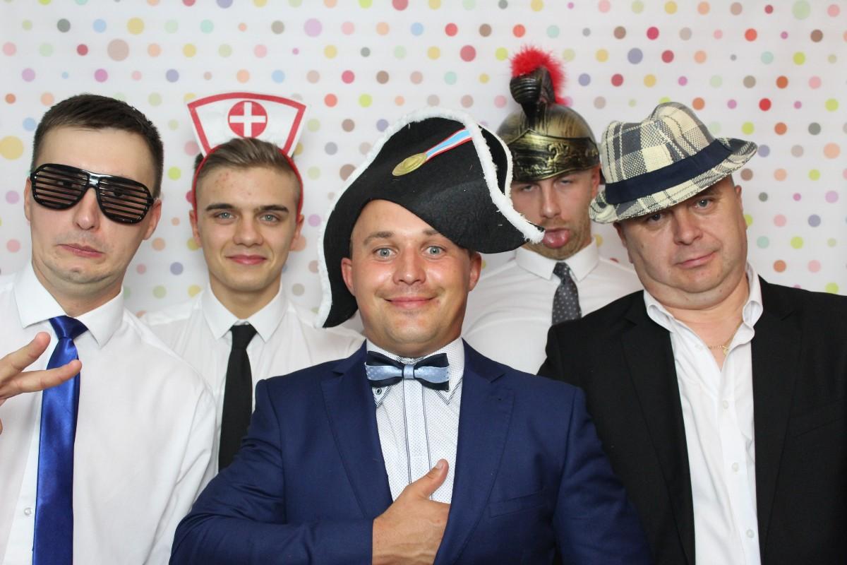 zdjęcie na imprezie - fotobudka na wesele